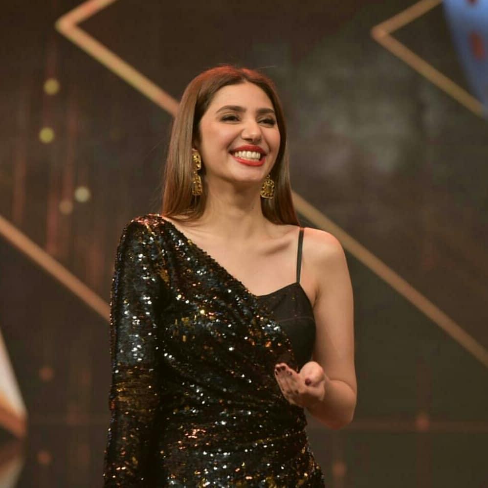 """Mahira Khan To Make Debut In Production with """"Baarwan Khiladi"""""""