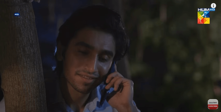 The story of drama serial Raqeeb Se progresses with some new heartwarming scenes revealing everyone's nature. As Rafique attacked Maqsood Sahab in the previous episode, so the new episode opens up with the scene when Maqsood (Noman Ijaz) is having pain in his jaw. He is amazed by Rafique's unique attitude as he directs Ameera to make Maqsood Sahab have turmeric mixed milk for fast cure. In the meanwhile, Ameera (Iqra Aziz) also ensures Maqsood Sahab that her father is not a bad person actually just the way Sakina told him. So, here is what we have picked up from this new episode!  Insha and Abdul's Love Story Matures!   The previous episodes of drama didn't reveal much about Insha and Abdul's love story as much as this new episode did. The young couple has portrayed beautiful exchange of affectionate expressions and dialougues that added life to their love story. It is for the first time that Abdul seems to be truly in love with Insha.  However, no one is aware about this secret love story at Insha's home yet. Abdul's midnight surprise visit to Insha's place is all about what we have read in traditional love stories. Let's see how this relationship grows further as the drama will progress.  Maqsood Sahab Convincing Rafique Ali to Divorce Sakina   The main focus of this episode was the conversation between Maqsood Sahab and Rafique Ali to decide the fate of Sakina. Maqsood insisted Rafique to divorce Sakina as she has already suffered a lot. Rafique is basically a person with different personality who is cruel in nature but at the same time generous to know how to be a hospitable host.  Maqsood Sahab continued forcing him to leave Sakina for good, however, Rafique Ali ignores this point and offers Maqsood to make him visit his new agricultural land.  Hajra Sees Something Unfavourable Coming in Her Married Life!   One of the best parts of this drama until now are the beautiful tidbits between Hajra and Sakina. They have their painful stories to share while having a co
