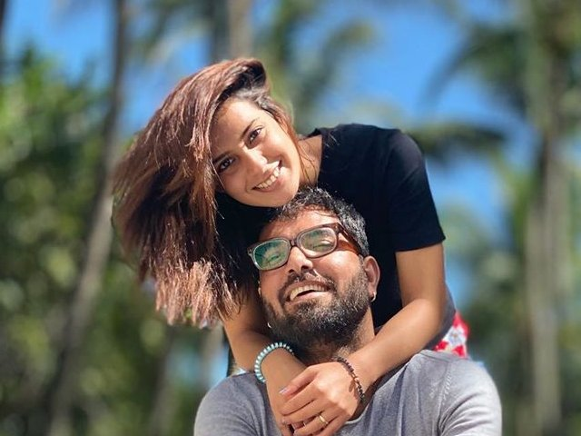"""Yasir Hussain and Iqra Aziz are always active on Instagram and share the moments they spend together while setting the couple goals for everyone. From birthdays to outings, and even while managing things at their home, Yasir and Iqra are living at the best in all aspects. Have you ever thought of riding on a scooty with your partner? Well... it seems interesting and adventurous! This time, Yasir Hussain posted a video on his Instagram in which he is riding a scooty while having Iqra with him enjoying the time. The best part of this post was that Yasir made his fans count the benefits of riding on a scooty with wife. Here we have got the video and further details!  Yasir Hussain Enjoys Scooty-Ride with Iqra Aziz!   Yasir is known as one of those celebrities whose Insta posts are quite different from others and sometimes turn out to be controversial too. Even then, people love him the most and they know that Yasir cannot restrict himself in speaking up the truth. Well... apart from these controversial posts, fans love him for the way he keeps on expressing his love for Iqra. He makes sure to make the best out of every moment and his posts are the best proof to it.  Let's find out how these lovebirds enjoyed a scooty-ride across the city. Watch this video!  The video clearly shows how the couple is enjoying this ride and we are loving to see them having the best out of simple moments.  Yasir Makes Fans Count Benefits of Riding on Scooty with Wife   Wondering about what are the benefits Yasir has made fans to consider while riding with your wife on a scooty? Well... here we have the video caption Yasir penned with this video!  """"BEGAM K SATH BE GHAM HO K SCOOTY PE GHOOMNY KA APNA HI MAZA HAI . P.S KUCH BHI KEHTI RAHY AAWAZ NAHI AATI""""  According to him, one can enjoy a carefree ride on scooty with wife. The other benefit he stated was that when your wife keeps on saying like anything while riding on scooty, you wouldn't be able to listen to her. So, it's all about fun!  W"""