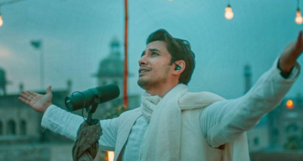 Ali Zafar Releases Rendition of 'Balaghal Ula Be Kamalihi'