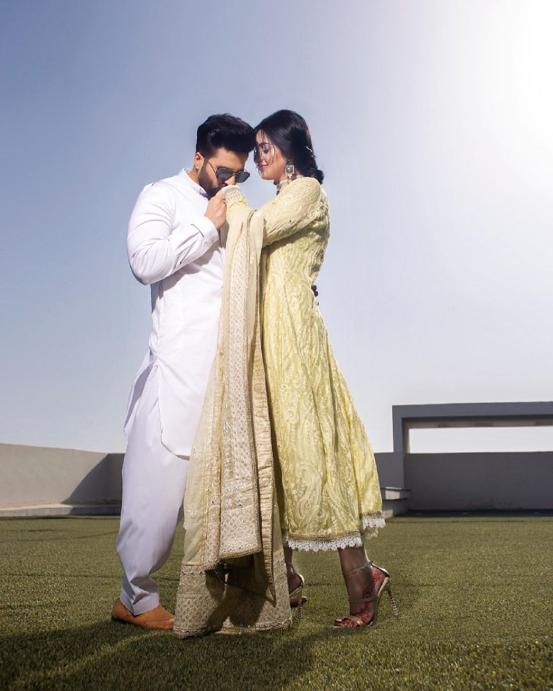 Sarah Khan and Falak Shabir have always set the couple goals for everyone and their pictures are worth seeing. From exchanging wide and bright smiles to the beautiful flowers Falak brings for Sarah, every gesture instantly grabs our attention in seconds. As the couple is enjoying this time of Sarah's motherhood, we cannot miss out on their latest photoshoot. The couple took these clicks to social media on this Eid. Check out how Sarah and Falak flaunt perfection in these pictures! Sarah and Falak Look Fascinating in Latest Photoshoot - Pictures! Sarah Khan and Falak Shabir make one of those celebrity couples who keep posting on Instagram. From having good leisure time at home to Falak presenting Sarah with flowers every day, these activities instantly grab the attention of fans. The way they celebrate every moment of togetherness gives us a dreamy view of married life. Sarah also feels so lucky to have a husband like Falak who always makes her feel special. Although there are many celebrity couples who set goals, however, we can bet that none of them will be like Sarah and Falak. This Eid, the duo celebrated Eid-ul-Fitr while having the best time together. As they never forget to share these moments with their fans, so this photoshoot is something you must not miss. Check out these fascinating clicks! Read more: Sarah Khan and Falak Shabir Expecting Their First Baby? The couple is looking absolutely stunning in all three days look. On the first day of Eid, Falak and Sarah share light hues in dressing. On the second day, they have made it a message of love with Sarah's red wear while on the third day they flaunted light and bright hues of happiness. Well, that's not all! Here we have got some more sassy clicks of the couple from the latest brand photoshoot. Check it out! So, what do you think about the couple and their adorable looks? Don't forget to share your valuable feedback with us!