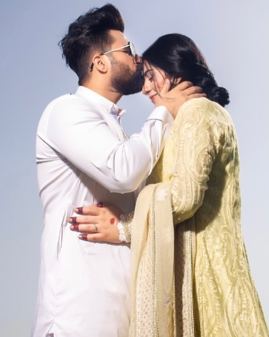 Sarah and Falak Look Fascinating in Latest Photoshoot - Pictures!
