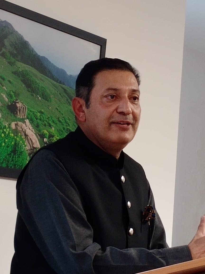Pakistani student studying abroad are future of the country, says Ambassador Khalid Jamali